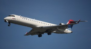 airplane-749547_1280